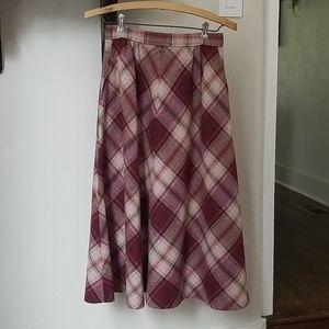 1970s vintage plaid skirt